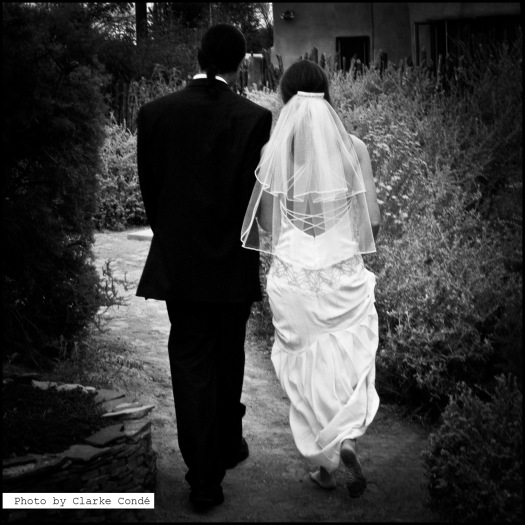 Barefoot wedding in Albuquerque