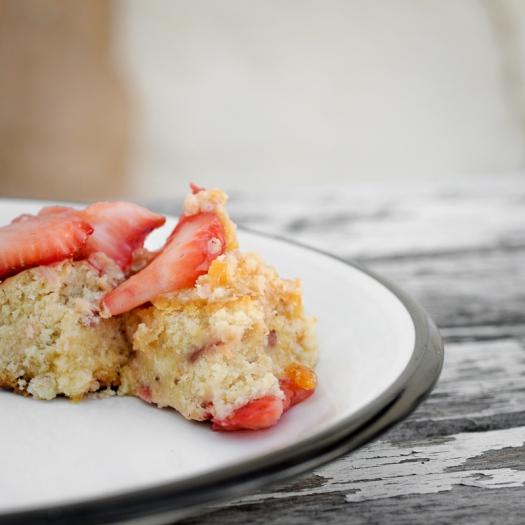 strawberry-layer-cake-clarke-conde
